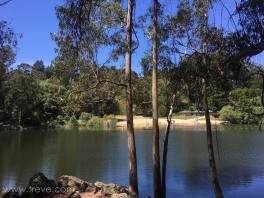 Hike around Lake Anza